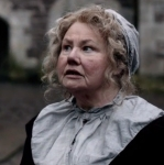 claire-mrs-fitz-outlander-starz